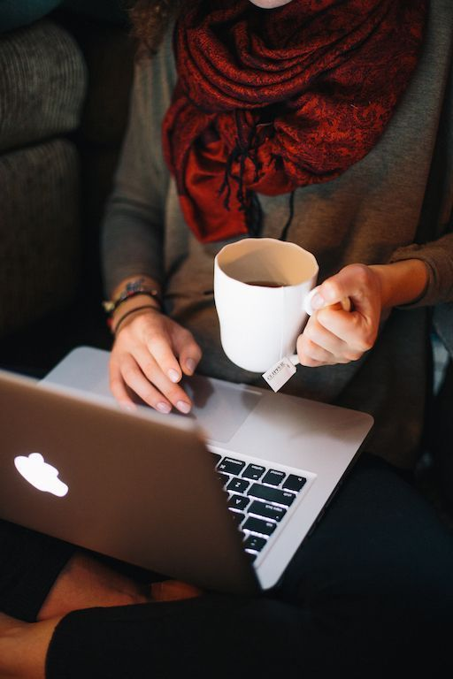 como administrar redes sociales con hootsuite
